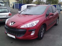 Автомобиль Peugeot 308 1.6E Premium ( Пежо 308 Премиум )